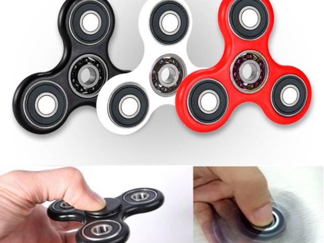 Zabudnite na stres a roztočte to s populárnym Fidget Spinnerom