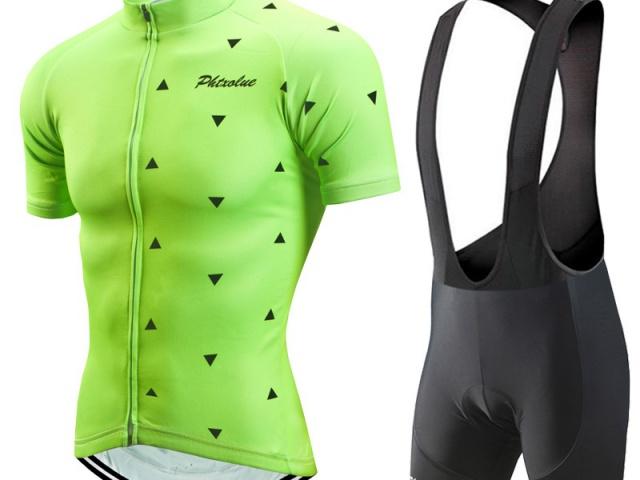 Oblečenie na cyklistiku vhodné do každého počasia za super ceny