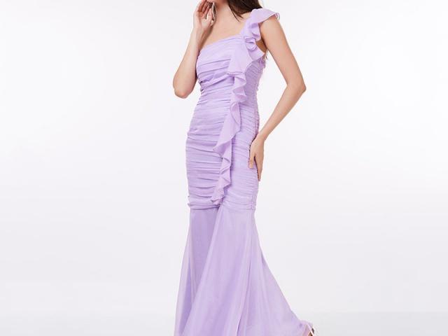 Spoločenské šaty na stužkovú z aliexpressu sú garanciou vysokej kvality a elegancie