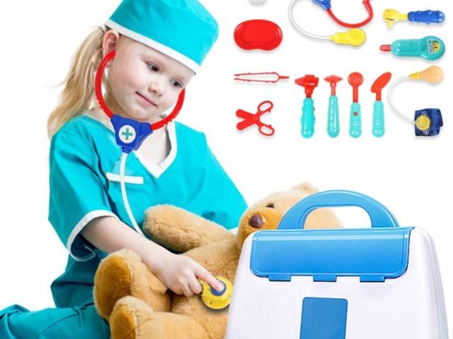 Hračky pre deti pre hry na povolania